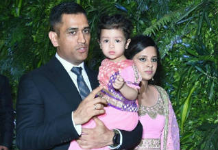 Dhoni, Ziva, Dance, Cricket