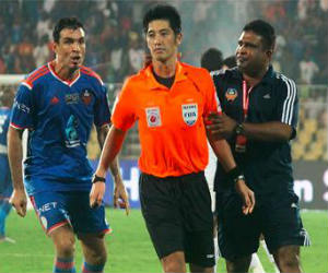 ISL throws the book FC Goa Team fined, docked points co owners banned