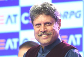 Kapil Dev, Flight For Indian Cricketers