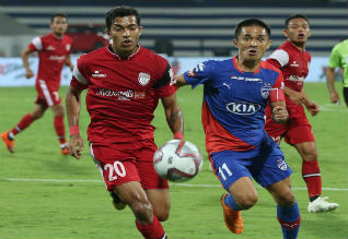 Indian super league, bangalore beat north east united